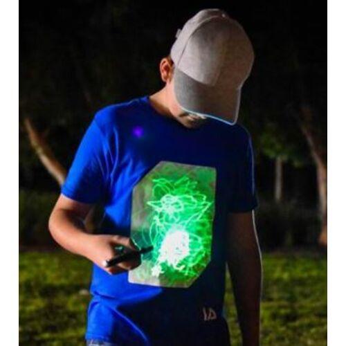 Fénnyel írható, sötétben világító póló. S méretben Ajándék kulcstartós lámpával. KÉK színben