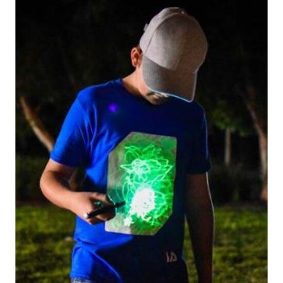 Fénnyel írható, sötétben világító póló